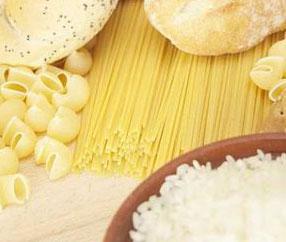 نان، ماکارونی و برنج از دیگر خوراکی های ممنوع در کم کاری تیروئید